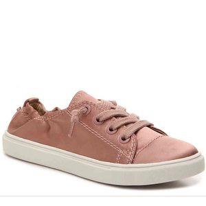 Steve Madden Pink Satin Slip On Sneaker Sz 9
